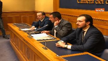 6 - Droga, Lega presenta ddl per raddoppiare pene, la conferenza con Salvini immagini
