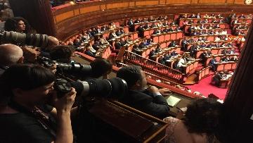12 - Il debutto di Conte in aula al Senato