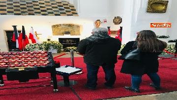5 - Giacetti e Ascani omaggiano il sindaco di Danzica assassinato