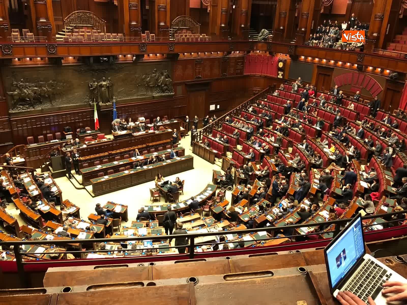 07-02-19 Tria parla in aula, interrotto risponde a un deputato stai zitto e scoppia la bagarre_09