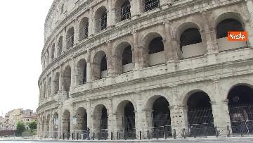 1 - Colosseo deserto, continuano i lavori della metro C