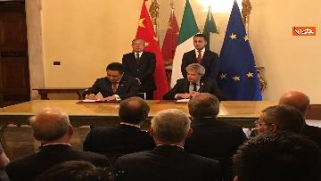 5 - Italia-Cina, Di Maio e vicepremier Li Hongzhong alla firma di 6 accordi commerciali