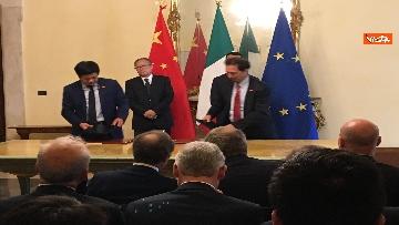 9 - Italia-Cina, Di Maio e vicepremier Li Hongzhong alla firma di 6 accordi commerciali