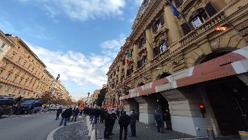 4 - I sindacati di base USB manifestano al Mef, sciopero nazionale di sanità, scuola, trasporti