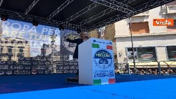 9 - Europee, Meloni a Napoli, la piazza gremita di gente per il comizio della leader di FdI