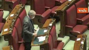6 - Question time alla Camera con i ministri Patuanelli e Stefani. Le immagini dell'Aula