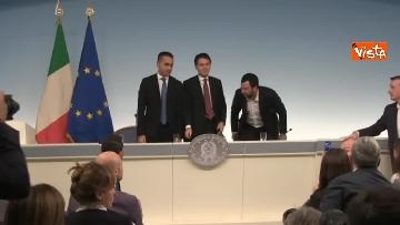 2 - Decreto fiscale. Conte, Di Maio e Salvini in conferenza stampa immagini
