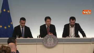 11 - Decreto fiscale. Conte, Di Maio e Salvini in conferenza stampa immagini