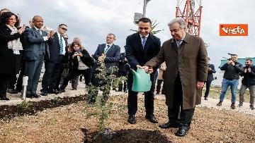 3 - Onu, Calorosa accoglienza per Di Maio e Guterres al Centro Servizi Globale di Brindisi