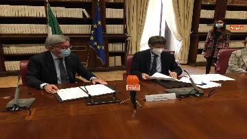 7 - Franceschini e Cai firmano protocollo per turismo montano sostenibile
