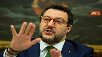 1 - Coronavirus, Salvini e Centinaio presentano proposte Lega: Fondo turismo e bonus famiglia 1000 euro