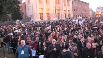 9 - Le sardine riempiono piazza San Giovanni a Roma