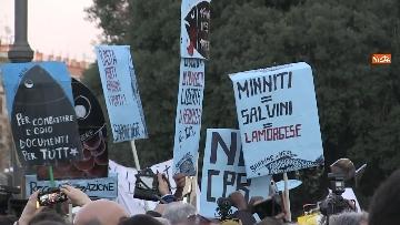 18 - Le sardine riempiono piazza San Giovanni a Roma