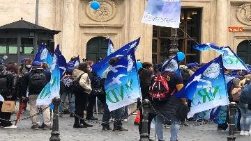 7 - Sanità, la manifestazione degli infermieri in piazza Montecitorio