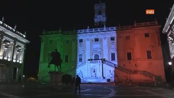 4 - Il Campidoglio si illumina con il tricolore