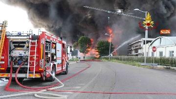 7 - Incendio ad azienda di vernici in provincia di Vicenza