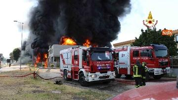 2 - Incendio ad azienda di vernici in provincia di Vicenza