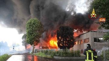 4 - Incendio ad azienda di vernici in provincia di Vicenza