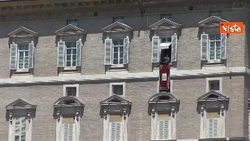 2 - L'Angelus di Papa Francesco in Piazza San Pietro