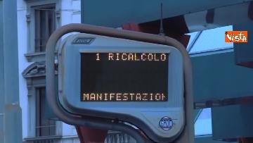 6 - Sciopero dei trasporti a Milano