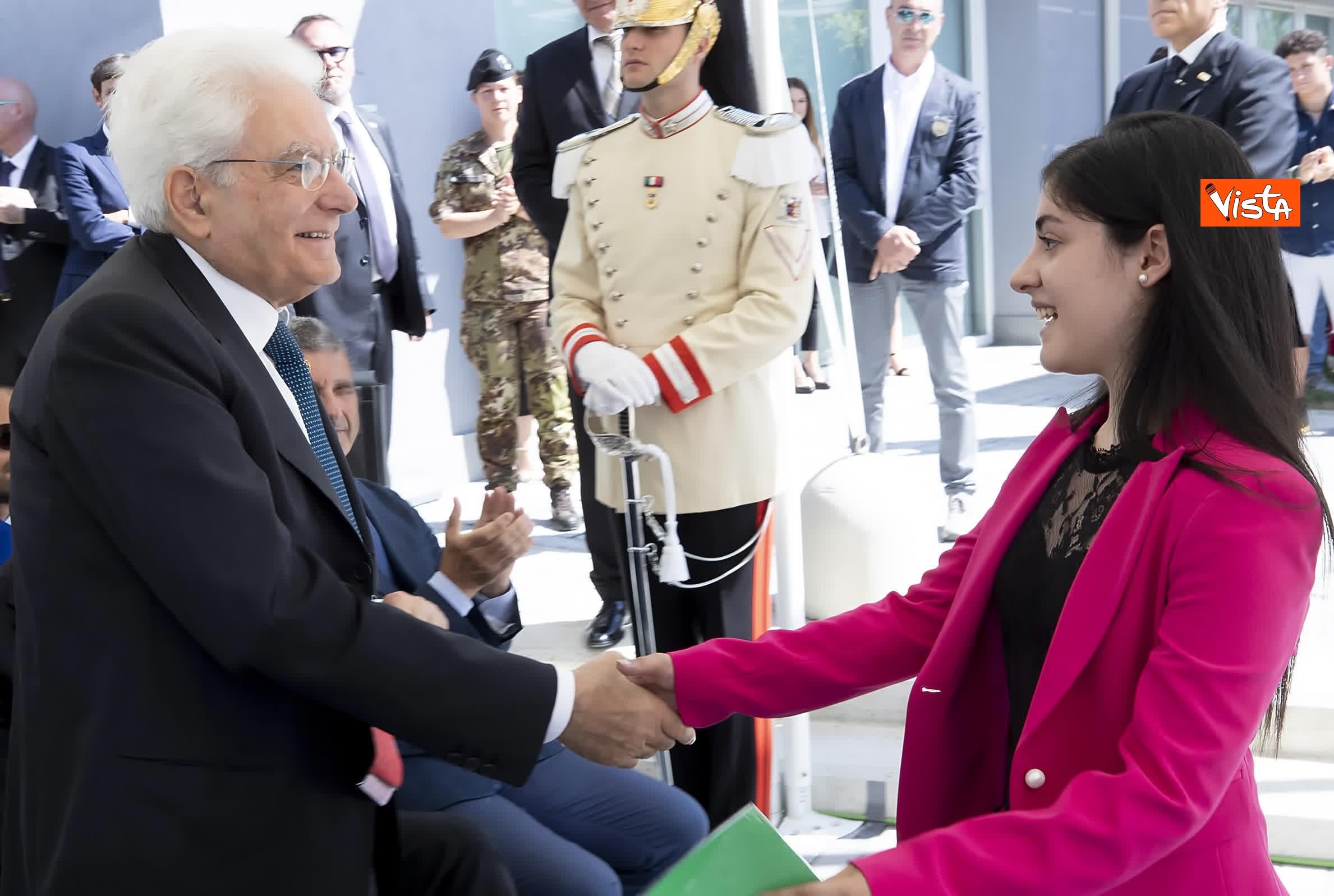 18-07-19 Il Presidente Mattarella visita l'Istituto omnicomprensivo Romolo Capranica di Amatrice_07