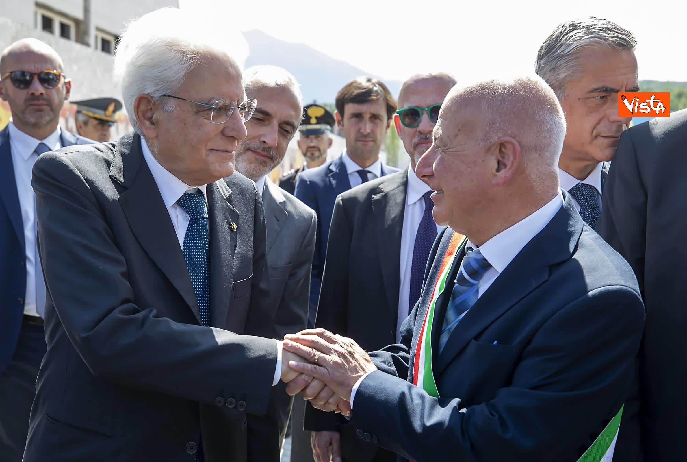 18-07-19 Il Presidente Mattarella visita l'Istituto omnicomprensivo Romolo Capranica di Amatrice_18