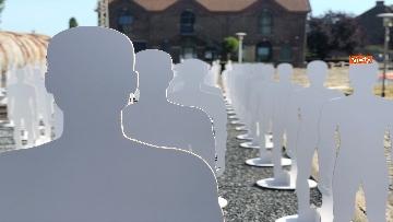 10 - L'iniziativa Ugl a Marcinelle, 262 sagome bianche per ricordare minatori morti 62 anni fa