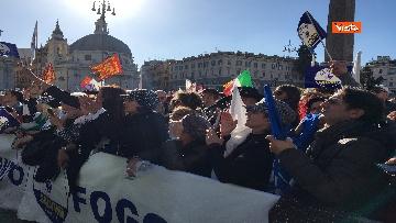 9 - Salvini interviene dal palco alla manifestazione della Lega in piazza del Popolo