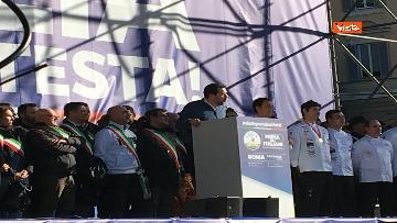 6 - Salvini interviene dal palco alla manifestazione della Lega in piazza del Popolo