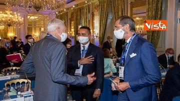 5 - Forum Ambrosetti di Cernobbio, le immagini del Ministro Di Maio a  Villa d'Este