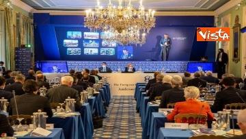 2 - Forum Ambrosetti di Cernobbio, le immagini del Ministro Di Maio a  Villa d'Este