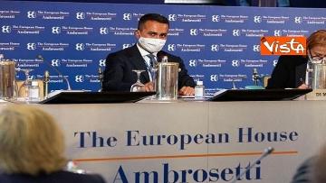 4 - Forum Ambrosetti di Cernobbio, le immagini del Ministro Di Maio a  Villa d'Este