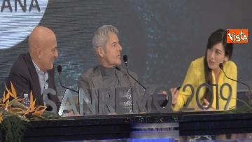 7 - Sanremo 2019, i conduttori del Festival in conferenza stampa dopo la seconda serata