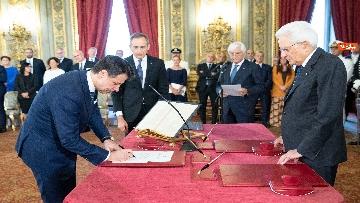 2 - Il giuramento del Presidente del Consiglio Giuseppe Conte