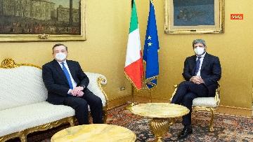 2 - Draghi e l'incontro con il presidente Fico a Montecitorio