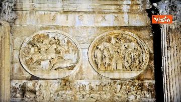 5 - Raggi accende nuova illuminazione dell'Arco di Costantino