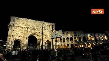 4 - Raggi accende nuova illuminazione dell'Arco di Costantino
