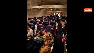 6 - Ponte aereo Afghanistan, l'ultimo volo partito da Kabul e arrivato a Fiumicino