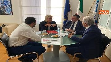 6 - Salvini, Le Pen in conferenza con il segretario UGL Capone