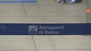 """6 - Da Fiumicino i voli sperimentali Roma-Milano """"Covid free"""" , test obbligatorio per imbarco. Le foto"""