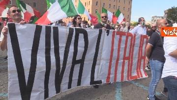 1 - Manifestazione delle Mascherine Tricolore alla Bocca delle Verità a Roma, le foto