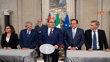 3 - Mattarella accoglie la delegazione del Pd guidata da Zingaretti