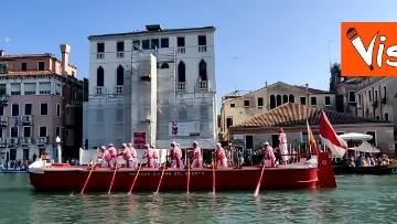 5 - La Regata Storica a Venezia, le immagini dello spettacolare corteo che sfila nel Canal Grande