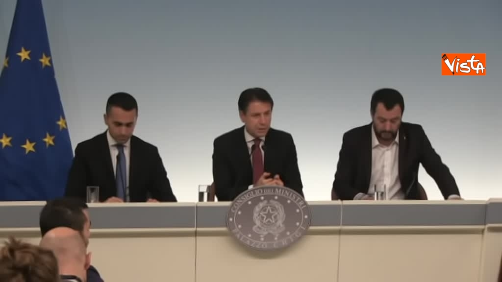 20-10-18 Decreto fiscale Conte Di Maio e Salvlini in conferenza stampa immagine_11