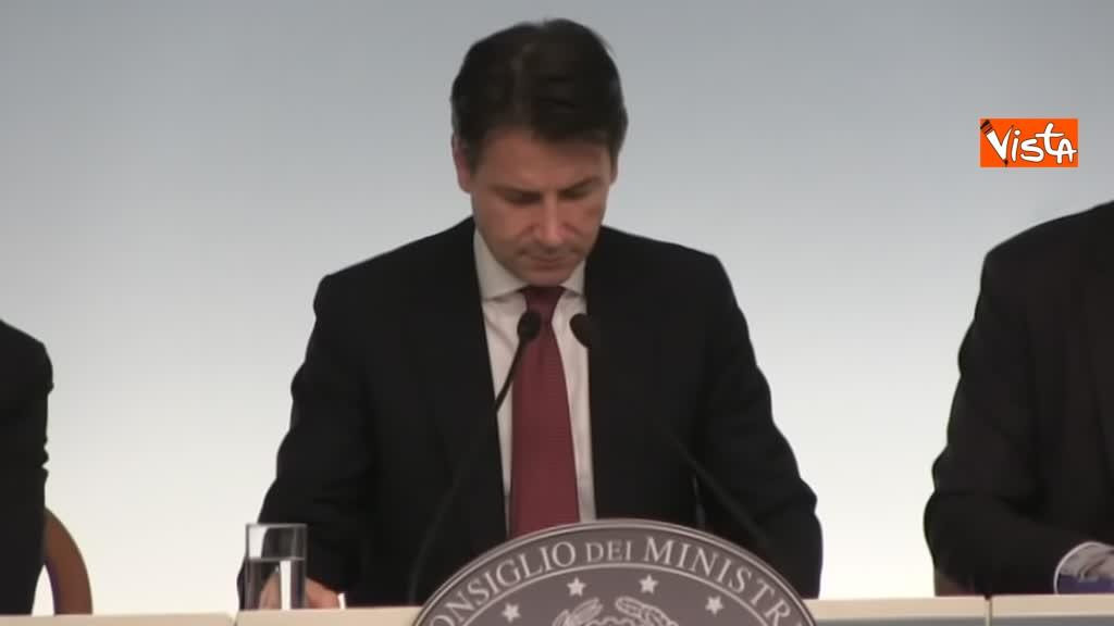 20-10-18 Decreto fiscale Conte Di Maio e Salvlini in conferenza stampa immagine_10