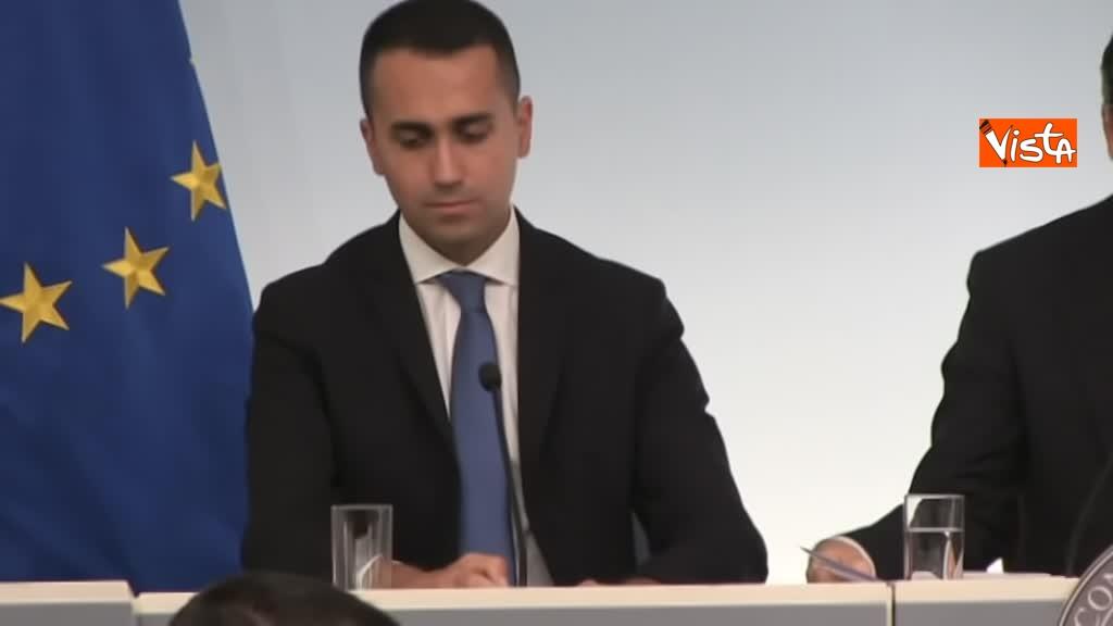 20-10-18 Decreto fiscale Conte Di Maio e Salvlini in conferenza stampa immagine_09