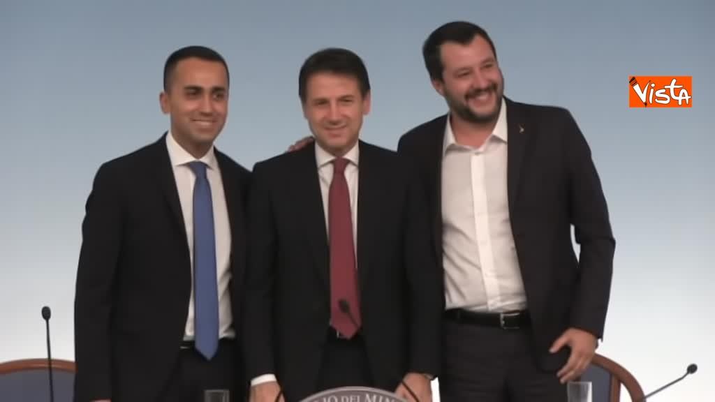 20-10-18 Decreto fiscale Conte Di Maio e Salvlini in conferenza stampa immagine_04