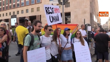 8 - Manifestazione anti Salvini a Milano