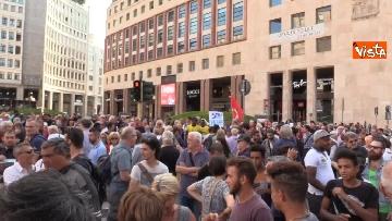 9 - Manifestazione anti Salvini a Milano