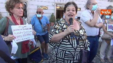 2 - Manifestazione a sostegno delle donne afghane a Napoli, le immagini